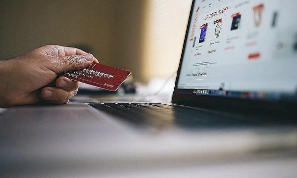 Банки ограничат онлайн-операции россиян